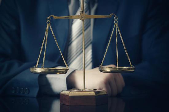 مساعدة القضاء في بيان الحقيقة